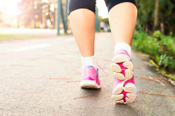 activity-fitness-footwear-pexels.com1556710